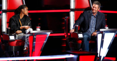 The Voice Season 13 Full Battles Round on 23 October 2017 Episode 4 with the Voice 2017 Season 13 Live Telecast