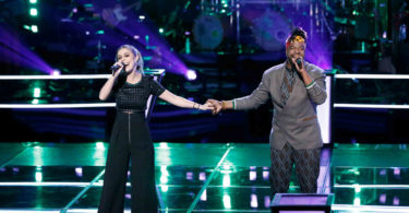 "Watch The Voice 2018 Battles D.R. King vs. Jackie Foster ""Sign of the Times"" Full Video on 19 March 2018"