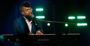 Vote Terrence Cunningham The Voice 2018 Playoffs 17 April 2018 with The Voice 2018 Season 14 Voting App Online