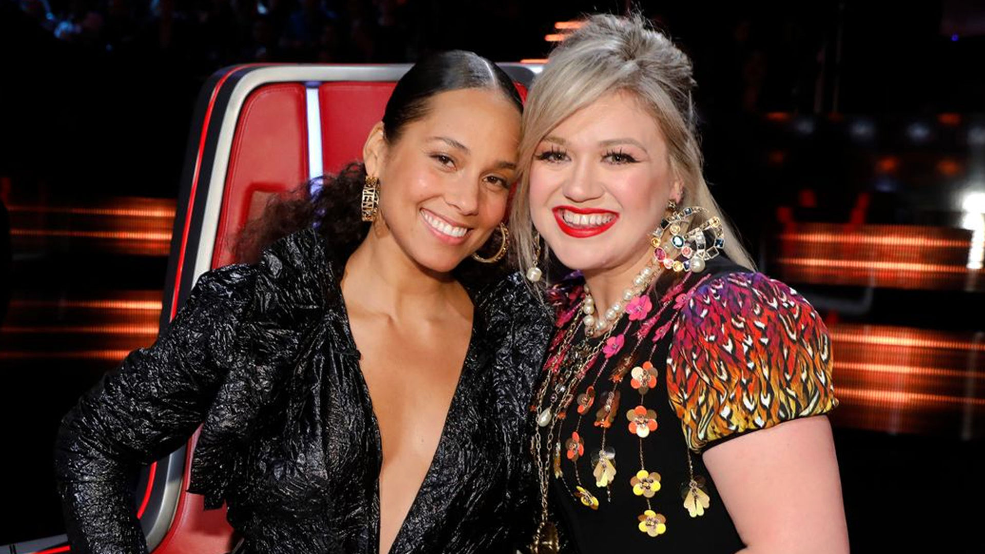 Watch The Voice USA 2018 Playoffs 18 April 2018 With Real Time Voting online tonight