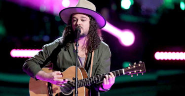 "Watch The Voice USA 2017 Knockout Drew Cole ""Slow Hands"" full Performance Video 2 April 2018"